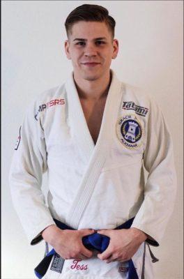 Judo, 1e dan, blauwe band Braziliaans Jiu Jitsu (BJJ).